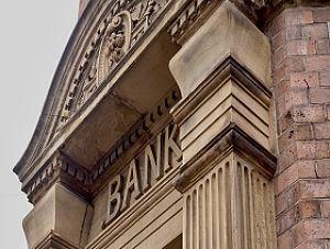 Łatwiejsze kredyty dla gospodarstw domowych i firm w związku z koronawirusem