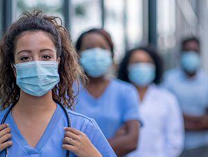 Zapewnienie kadr medycznych w czasie epidemii